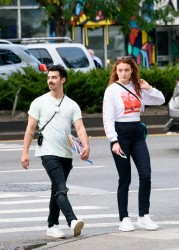 Sophie Turner - Spotted out shopping in NYC - September 15, 2017