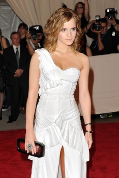 Emma Watson - Page 3 D36e87634784573