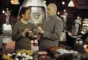 Остин Пауэрс: Шпион, который меня соблазнил / Austin Powers: The Spy Who Shagged Me (1999) 10ca1f592920713