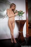 http://thumbs.imagebam.com/12/98/68/9d1606607796243.jpg