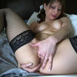 EAZ_9790 - Masturbating And Fisting Queen Chantalle - Bi Teen