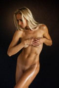 http://thumbs.imagebam.com/1f/8b/50/70a0b5581854203.jpg