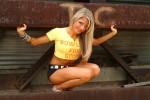 http://thumbs.imagebam.com/3d/37/a3/153790618120513.jpg