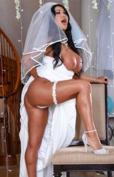 Catch The Garter Belt Fuck The Bride 720p Cover