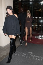 Hailey Baldwin - Leaving her hotel in Paris 9/27/17