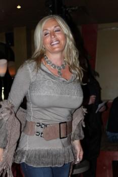 Fabienne Amiach - Page 6 C01425592569873