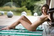 http://thumbs.imagebam.com/87/e9/a0/101b9d588719263.jpg