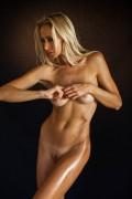 http://thumbs.imagebam.com/98/f5/69/8ce162581854233.jpg