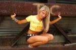 http://thumbs.imagebam.com/a0/28/51/c7bd87618120463.jpg