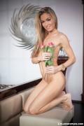 http://thumbs.imagebam.com/c3/8a/45/a7d105607796323.jpg