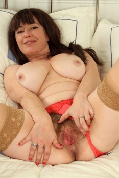 British Hairy Housewife Janey Playing With Her Toy 1080p Cover