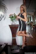 http://thumbs.imagebam.com/ee/51/ba/49883f607795343.jpg