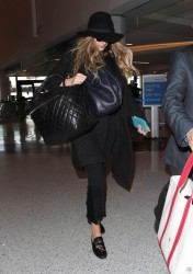 Blake Lively - At LAX Airport 10/11/17