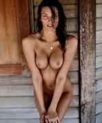 http://thumbs.imagebam.com/f2/f9/8b/678e5b594414393.jpg